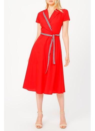 Random Kadın Beli Kuşaklı Yakalı Midi Boy Elbise Kırmızı